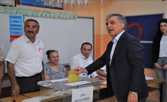 Abdullah Gül: İnşallah her şey güzel olur