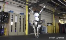 İşte Jimnastik yapan robot
