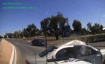 Kaza anı aracın güvenlik kamerasına yansıdı
