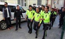 Polis memuru kaçan sürücüyü böyle durdurdu!