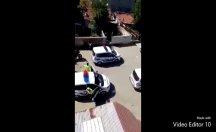 Alt tarafı sokağa çıktı... '5 araba polis' vatandaşı böyle dövdü