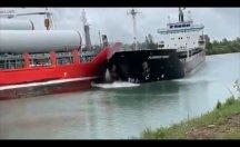 İki gemi kafa kafaya çarpıştı