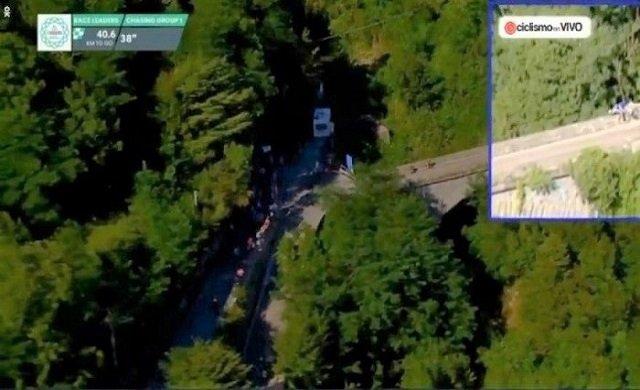 Ünlü bisikletçi köprüden aşağı uçtu!