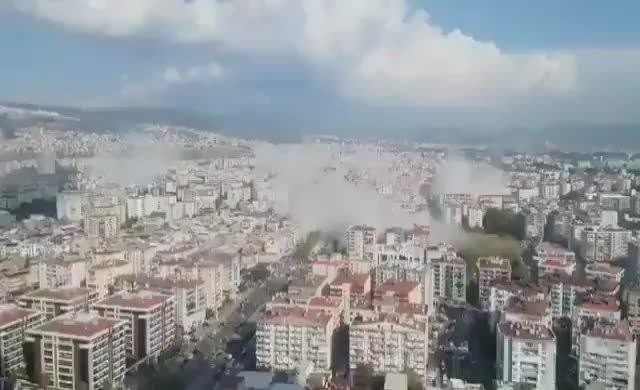 İzmir depremi: İlk görüntü