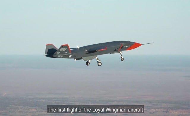 Pilotsuz savaş uçağının test uçuşunu tamamladı