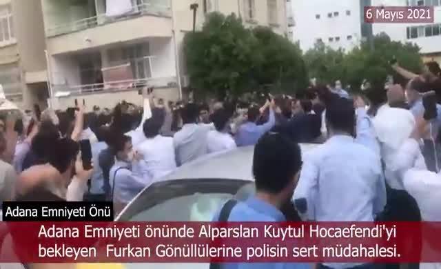 Polisten Furkan Vakfı gönüllülerine sert müdahale