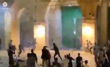 İsrail'den Aksa'da namaz kılanlara tepki çeken baskın