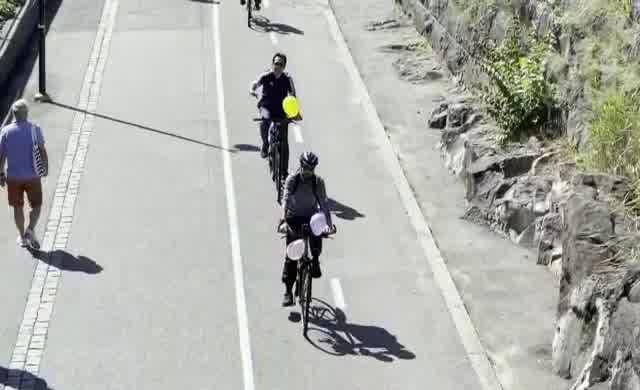 'Dünya Çocukları' için pedal çevirdiler