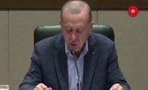 Erdoğan sorulara önündeki kâğtan okuyarak cevap verebildi