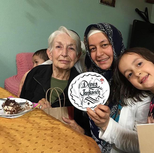 Dolares Teyze ile Hizmet Gönüllüsü Murat Ailesi'nin hikayesi 2